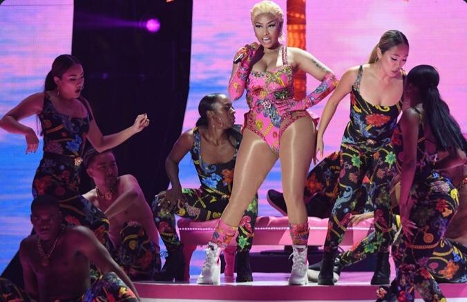 Nicki Minaj Performs At MTV EMAs 2018 Award Show (Video)