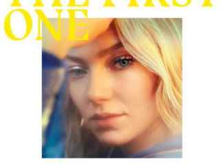 Astrid S – The First One (Acoustic)