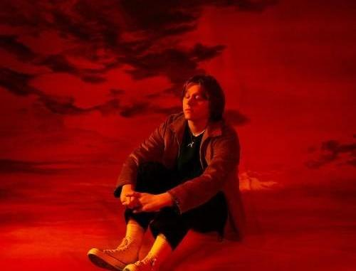 Lewis Capaldi – Hold Me While You Wait