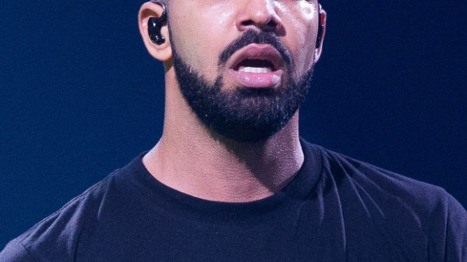 """Drake Fan Sues Rapper For """"Serious"""" Brain Injuries She Got At His Concert"""