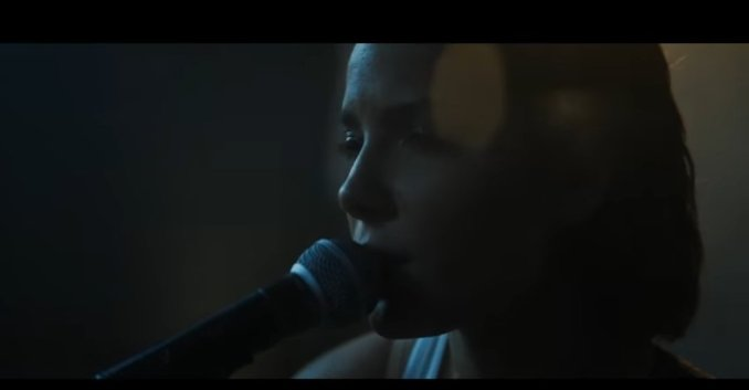 Halsey - Finally // Beautiful Stranger (Download)