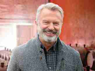 """Sam Neill Is """"Very Excited"""" To Head To The U.K. And Resume Filming Jurassic"""