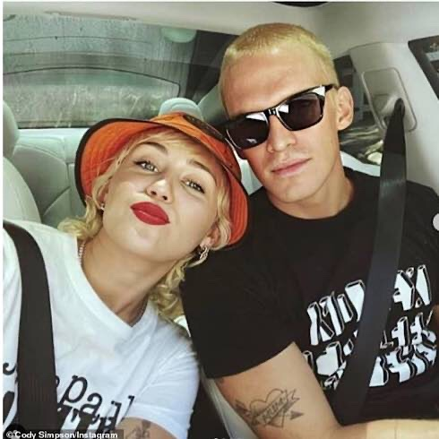 Miley Cyrus And Cody Simpson Have Broken Up