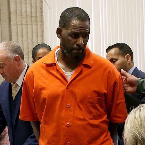 The Man Who Allegedly Attacked R. Kelly In Prison Has Identified Himself