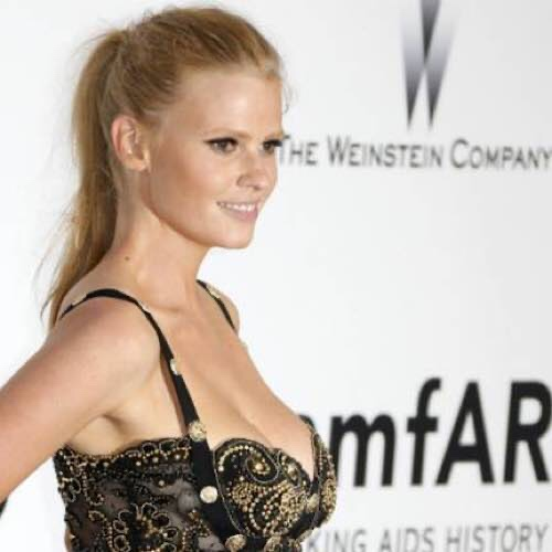 "Lara Stone Has ""A Lot More Opportunity For Self-Care"" Now Her Son Is Back At School"