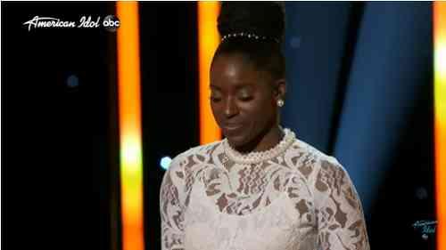 "Nigerian ""American Idol' Contestant Funke Faint During Duets Round"
