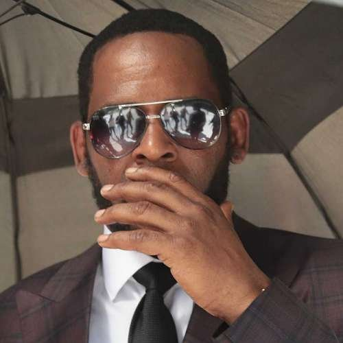 R. Kelly's Youtube Channels deleted after singer found guilty