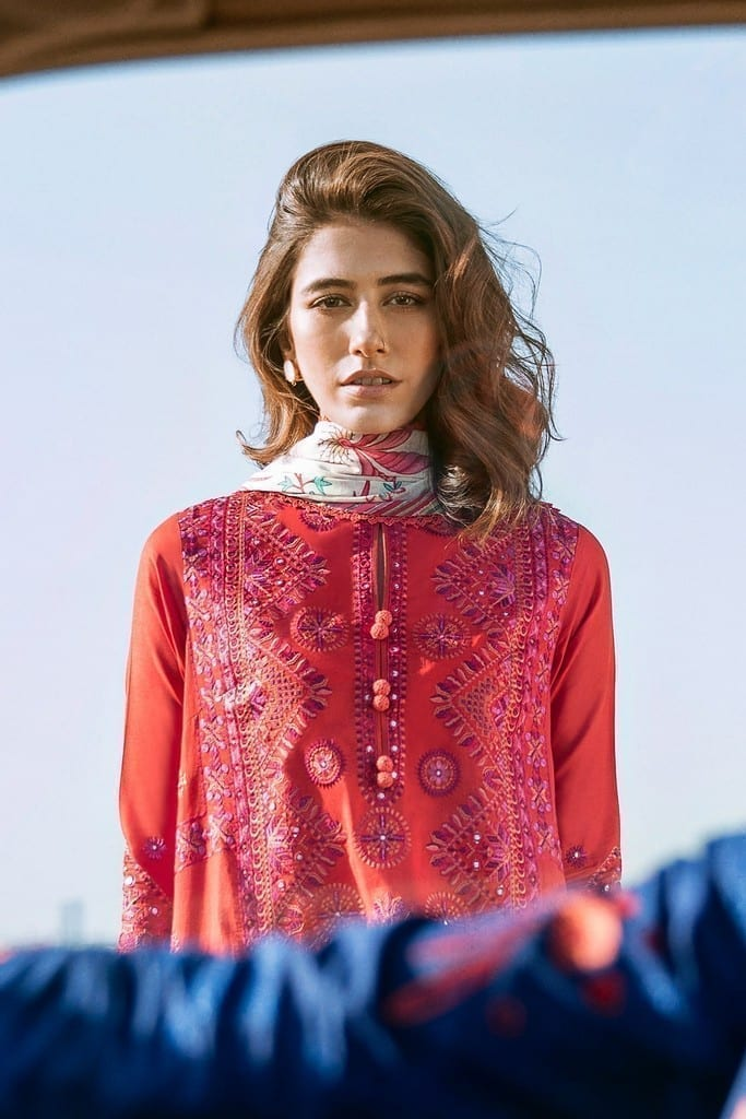 ZAHA LAWN | Embroidered Lawn Suits | GHERMEZ (ZL21-03 B)
