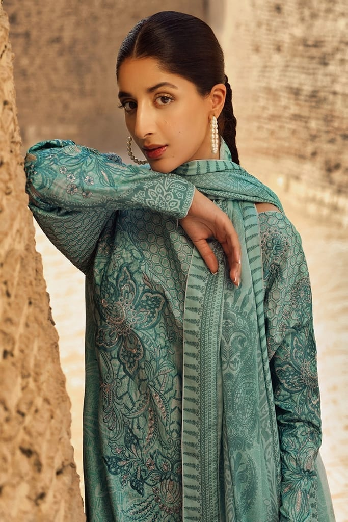TENA DURRANI   Embroidered Lawn Suits   Skylight