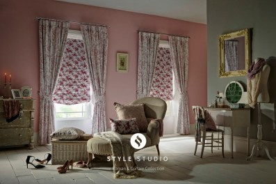 Mertan-Rose-Curtain_Piamento-Rose-Roman-Room