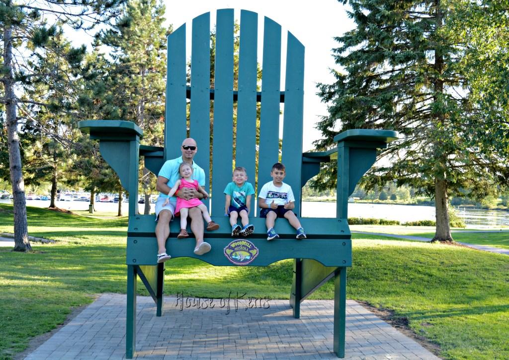 deerhurst resort muskoka jumbo chair