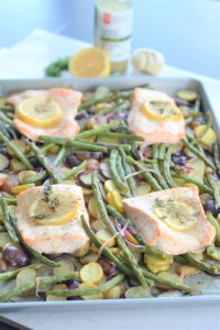 sheet pan cooking | lemon garlic salmon and veggies | healthy meals | ww freestyle