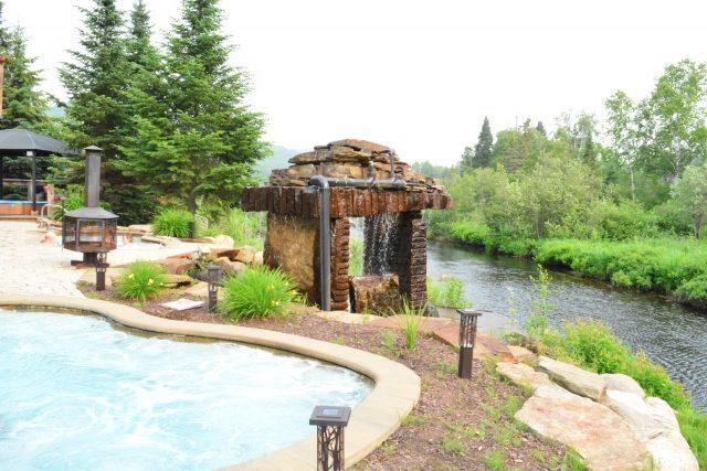 Outdoor spa L'Auberge du Vieux-Moulin