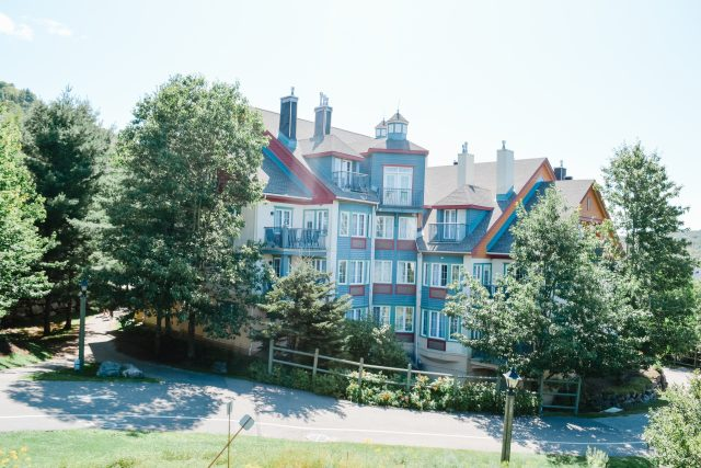 Lodge de la Montagne Tremblant | Family Suites | Lodging Privileges | Family guide to Tremblant