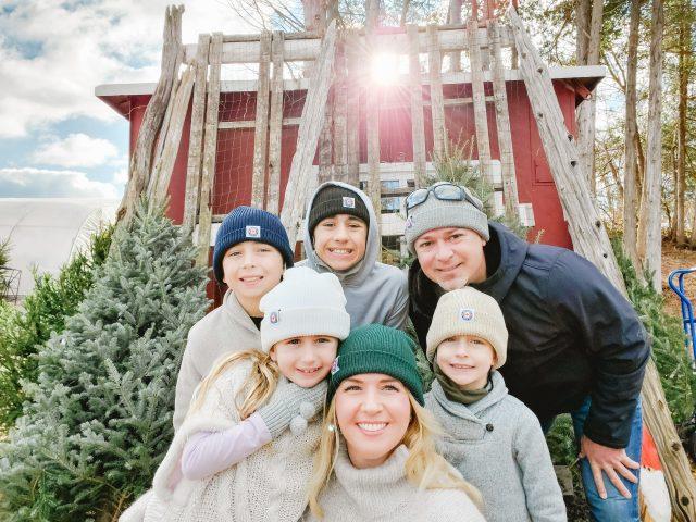 House of Kerrs Family Holiday Photo