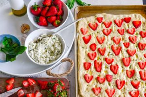 ingredients for strawberry pizza bianca with herbed ricotta
