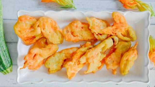 Platter of Fiori di Zucca Fritti (Fried Squash Blossoms)