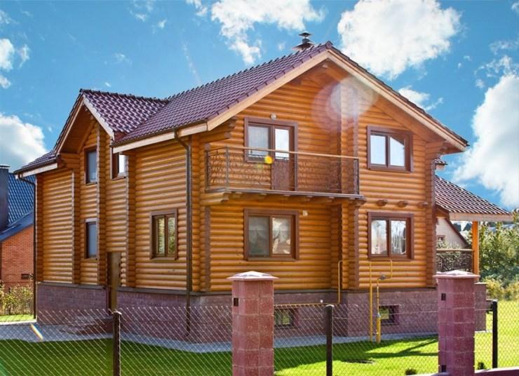 еднофамилна сглобяема къща от дървени трупи