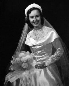Vintage 1950s Wedding Dress Shawl Collar