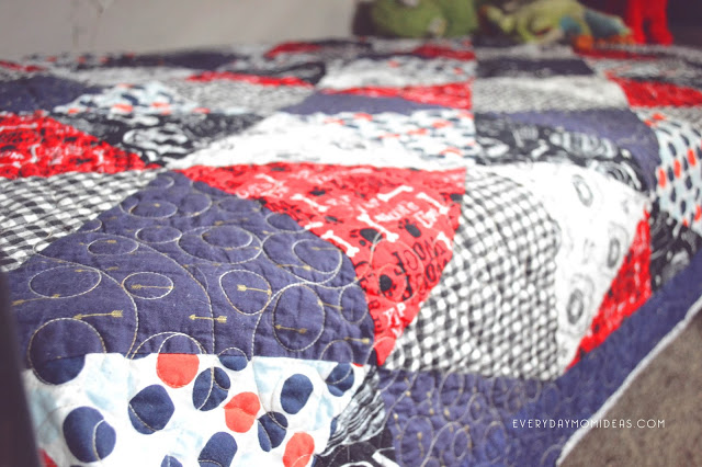 red white blue quilt design