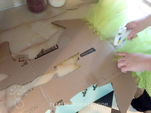 HOT GLUE ON THE TULLE