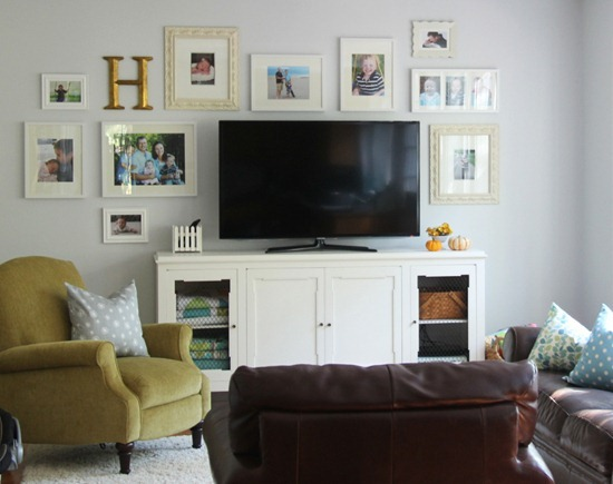 TV Gallery Wall 2