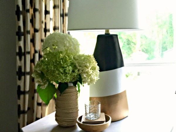Monthly DIY Challenge – Ugly Lamp Makeover