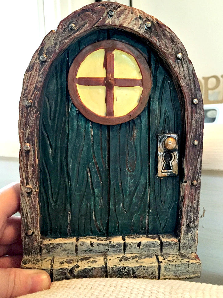 woodland-mouse-door-before