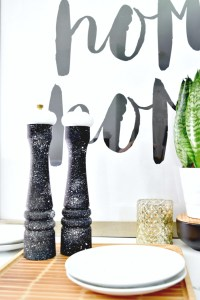 A super simple way to take your wood salt & pepper shakers to the next level. All you need is paint!