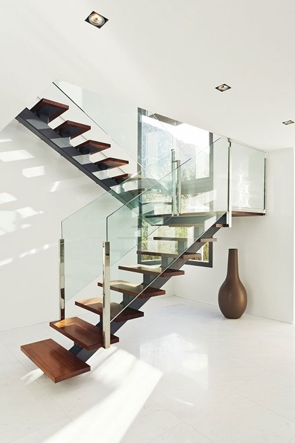 14 Glass Stair Railing Ideas For Your Home Housessive | Industrial Stair Railing Design | Industrial Style | All Metal Interior | Contemporary Metal | Small Stair | Detail Industrial