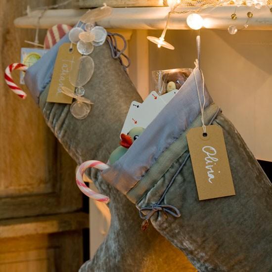 Fireplace | Take a tour around a festive London home | House tours | Classic decorating ideas | PHOTO GALLERY | Homes & Gardens | Housetohome