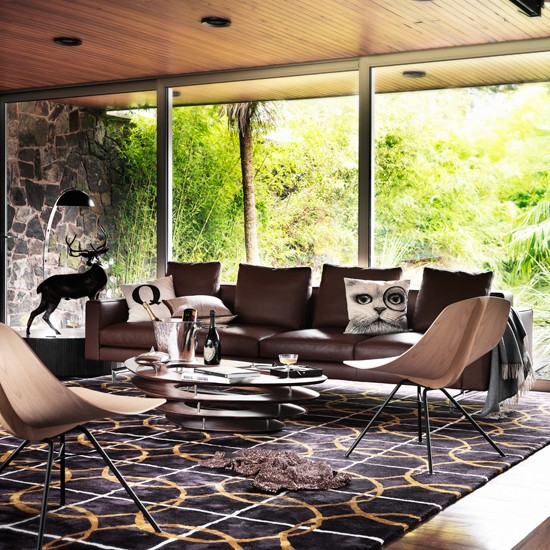 Modern living room with brown leather sofa | Living room ...