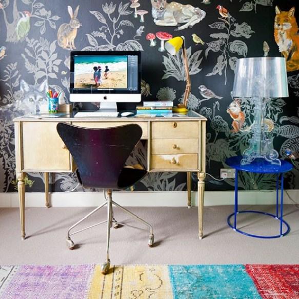 Papel pintado en el escritorio