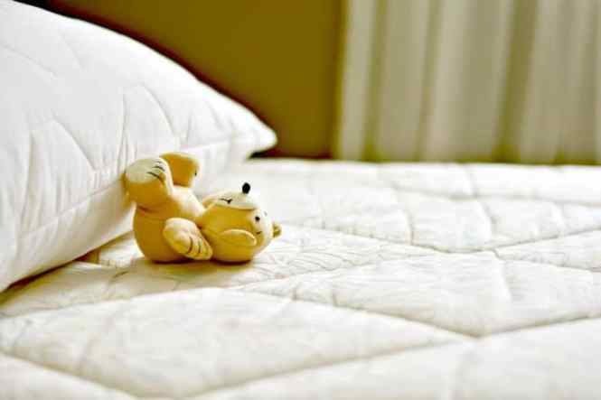How To Clean A Mattress Remove Stains Freshen The Fabric And Get Your