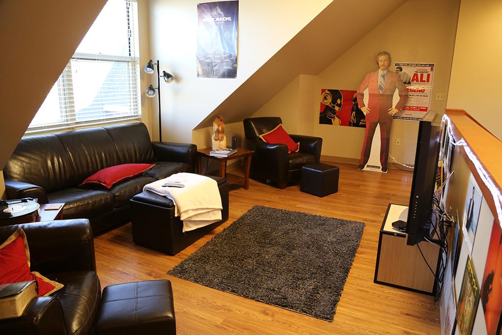 Room Sitting Bedroom