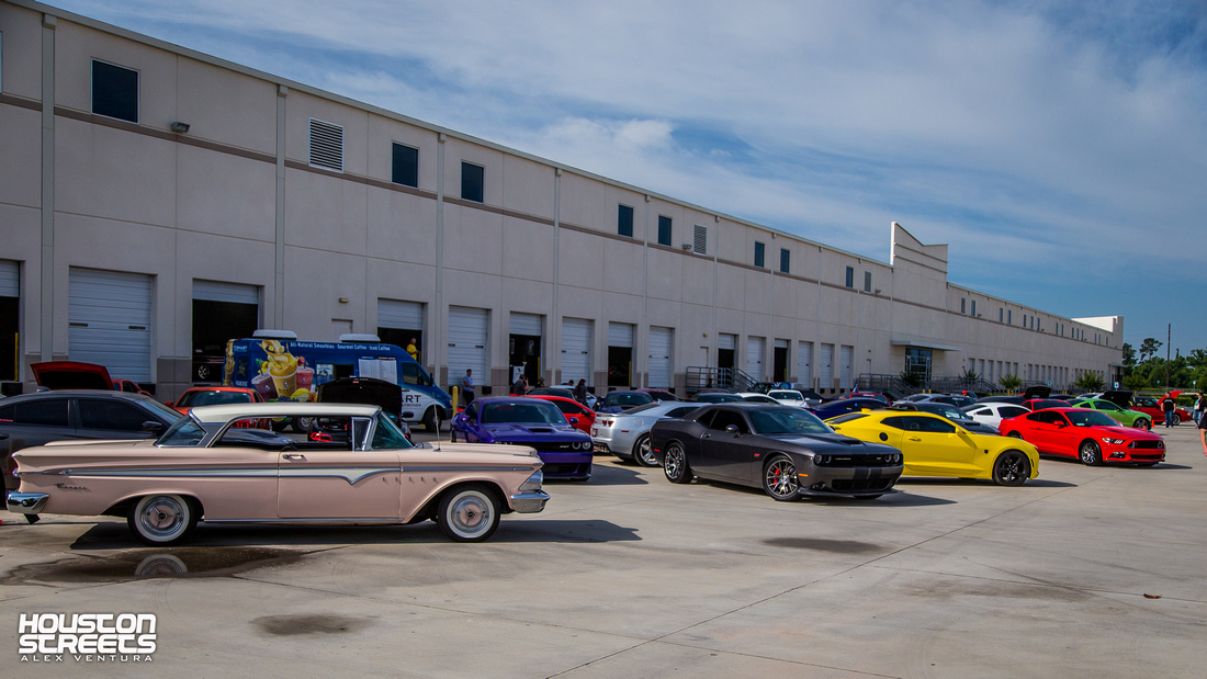Gateway Classic Cars' Cars and Coffee April 2018