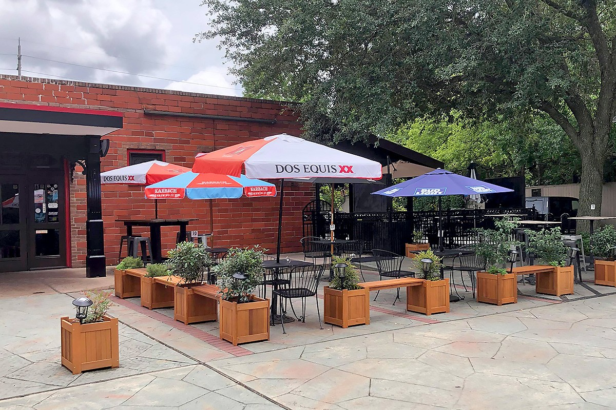 Phoenix on Westheimer front patio