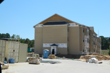 Construction Obstruction: Incomplete Complex Delays Move-in