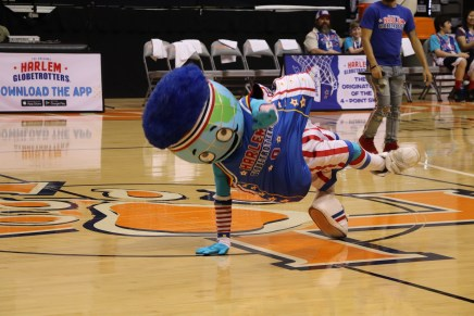 World Famous Harlem Globetrotters Brought Talent, Fun to Huntsville