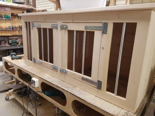 Houten Hondenbench met 2 deuren met spijlen in blank hout