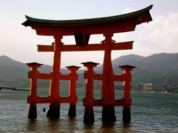 Top 3 Japón: Castillos, lugares sagrados, montañas, budas, onsen, jardines, santuarios