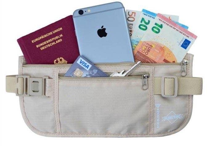 Cartera riñonera con protección RFID de Globeproof para pasaportes