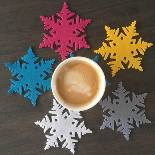 sneeuw onderzetters vilt handgemaakt koffie drinken was nog nooit zo leuk