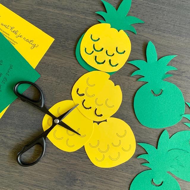 zomerse slinger printable met ananassen