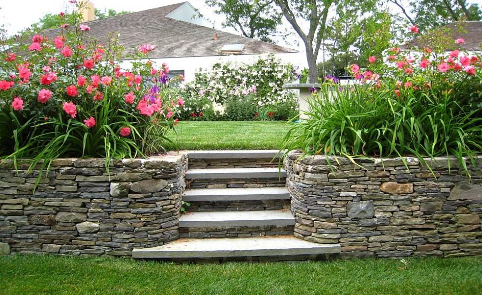 Simple Garden Landscaping Ideas