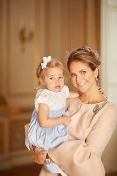 Prinsessa Madeleine ja prinsessa Leonore, Prinssi Oscarin ristiäiset, kastetilaisuus, kastejuhla, kuninkaalliset, Hovikirjeenvaihtaja
