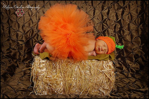 I want this for Paisley for Halloween/Newborn pictures
