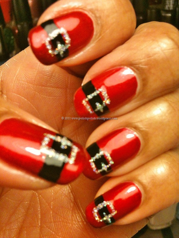 I'm so doing this to my nails at christmas!