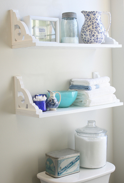 Love this! Way too cute – shelves hung upside down