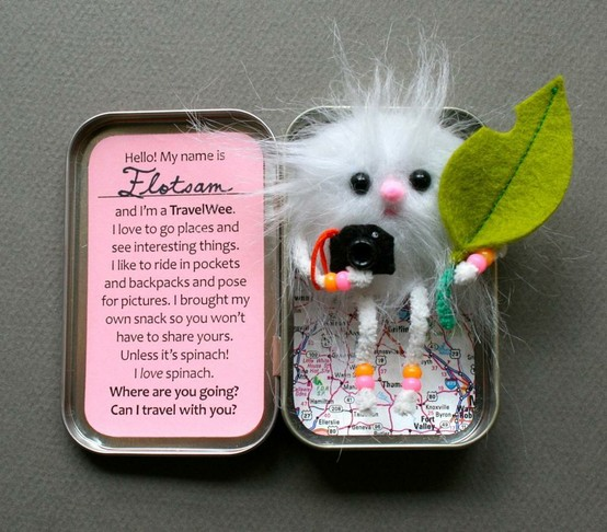 38 amazing things you can do with an empty Altoid tin box.  Some simple, some su